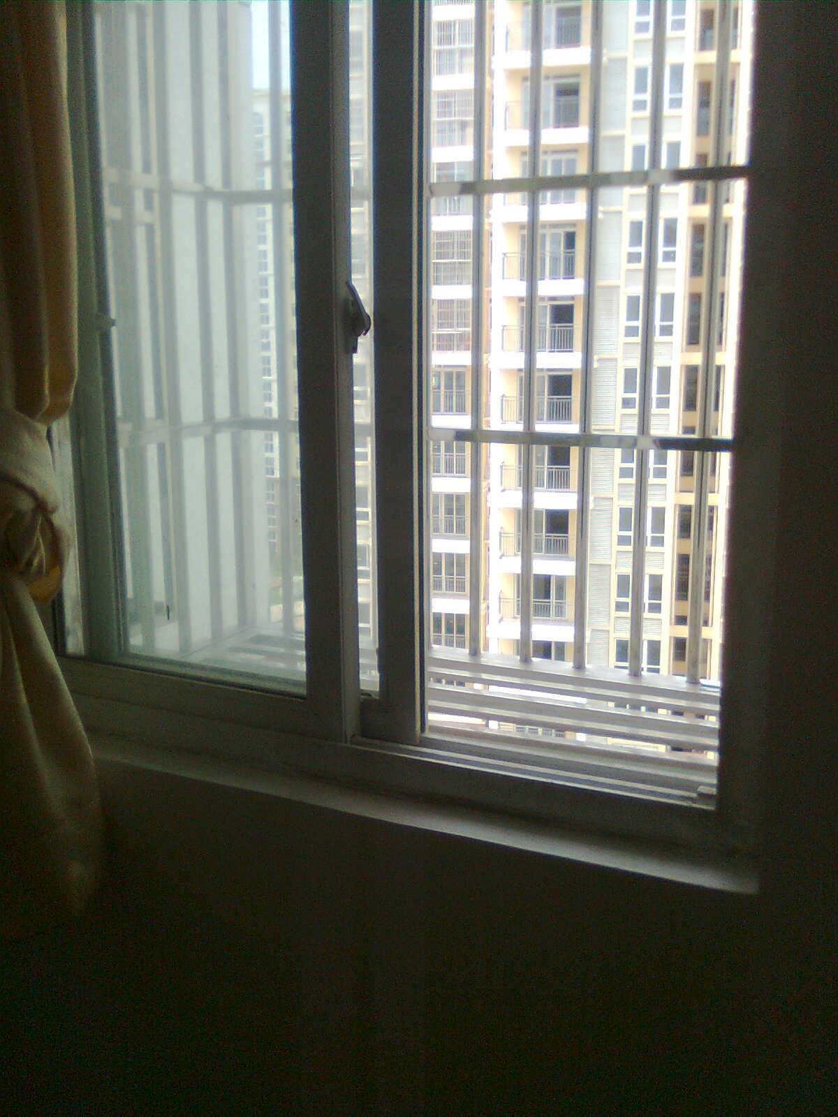 金桥小区 电梯房10楼 78平方 两室一厅 全新装修 配有图片