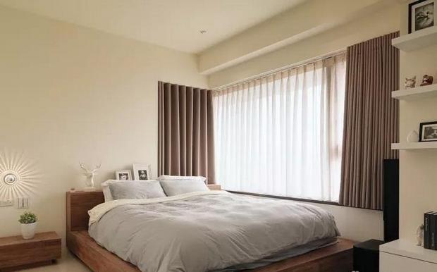 白色床.png