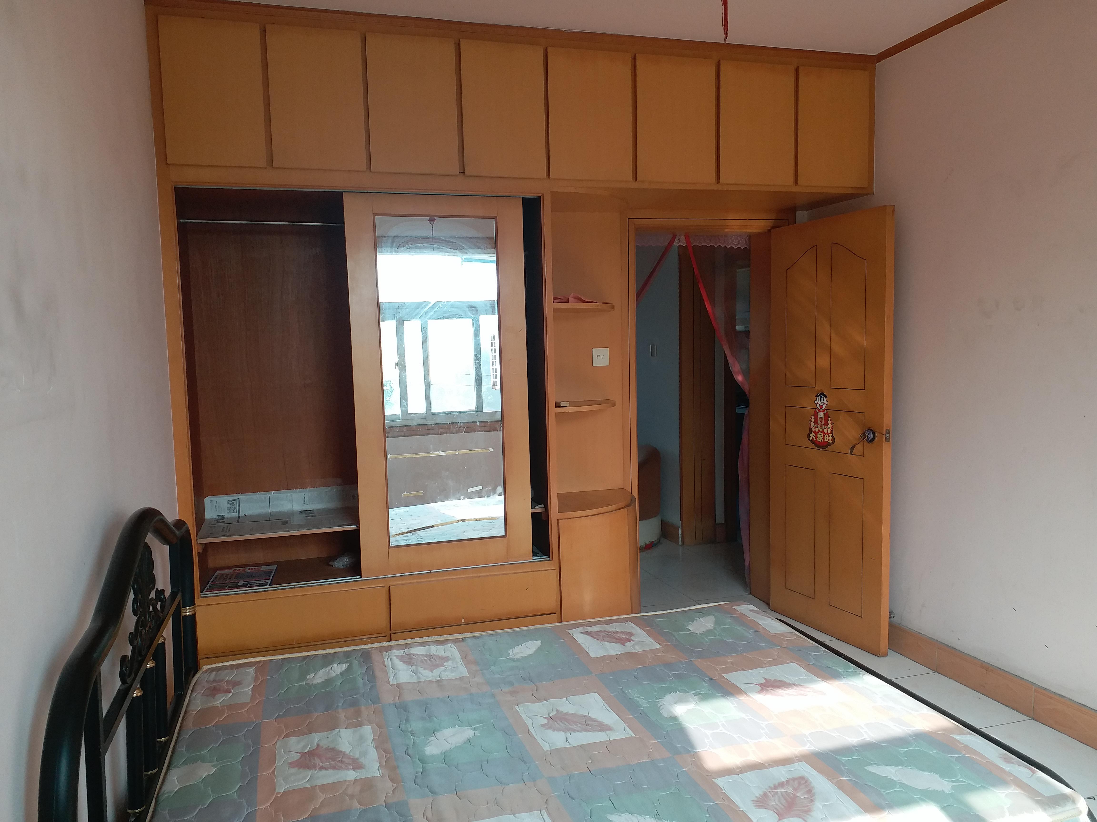 大市場二期小高層60平精裝修一室一廳公寓出租 - 房屋