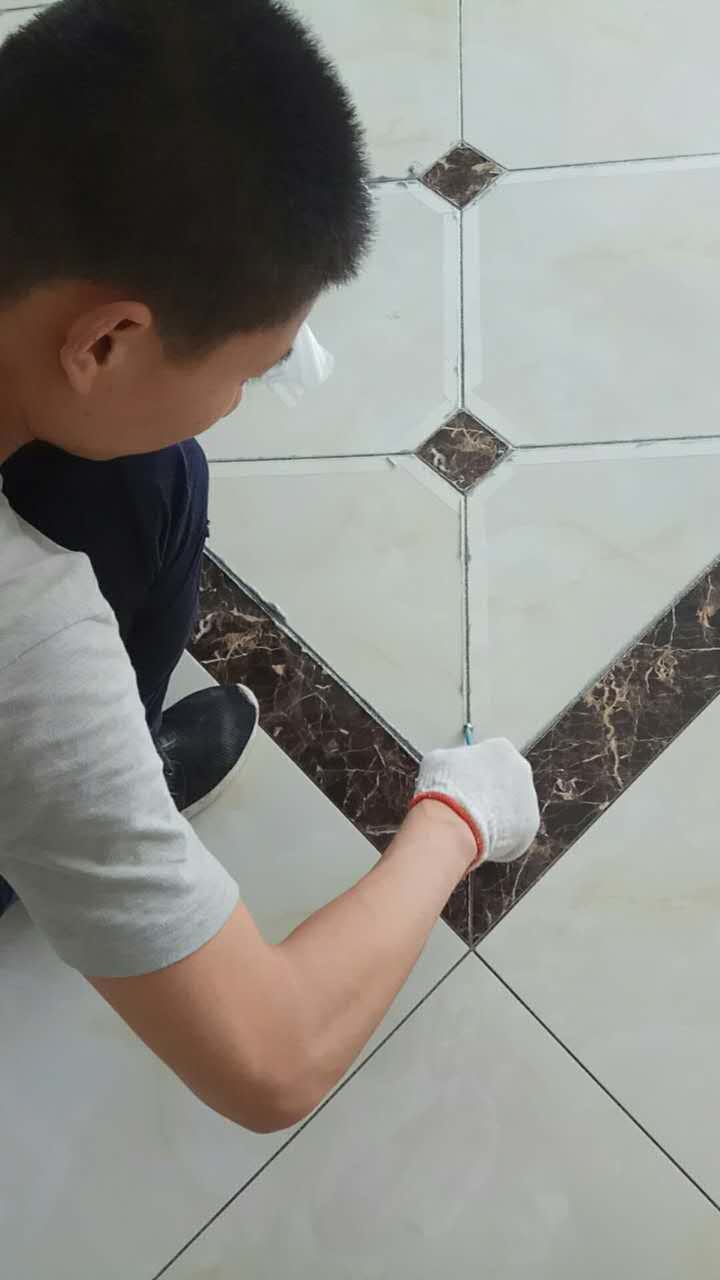 瓷砖美缝-7b913f51f7acd92f.jpg