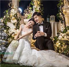 大自然婚纱摄影